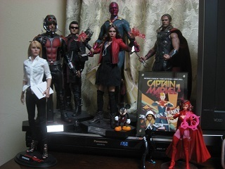 hottoys1.jpg